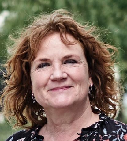 Bettina de Jong